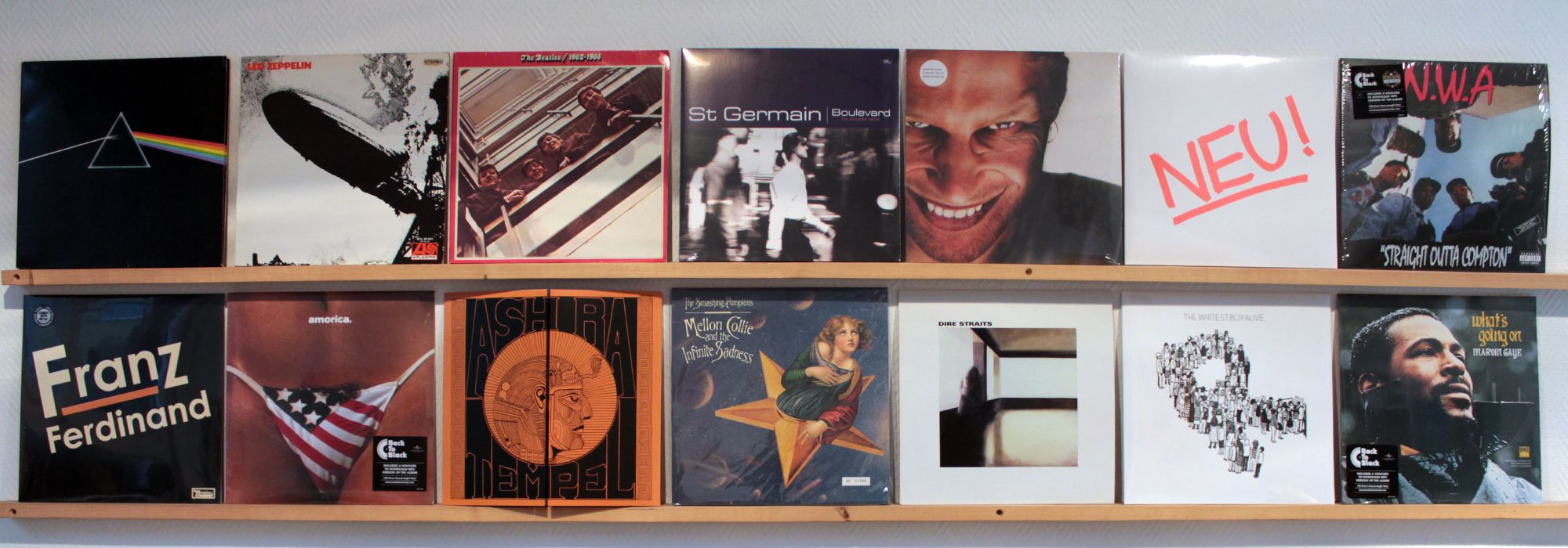 Schallplatten aus den Bereichen: Rock, Pop, Punk, Progressive, Psychedlic, Electronic, Hip Hop, Alternative, Indie, Jazz, Soul etc.